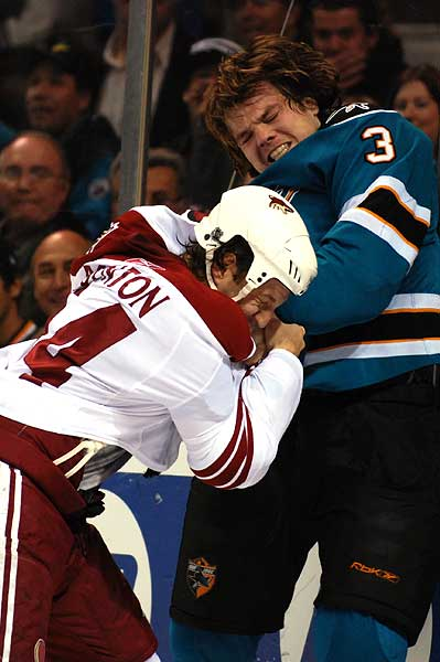 Nicholas Boynton hockey fight Douglas Murray