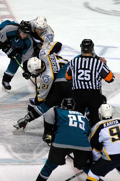 San Jose Sharks down the Nashville Predators in Game 4 of the 2007 WQQF