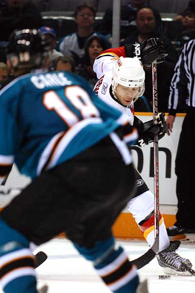 Calgary Flames captain Jarome Iginla uses an Easton Synergy hockey stick