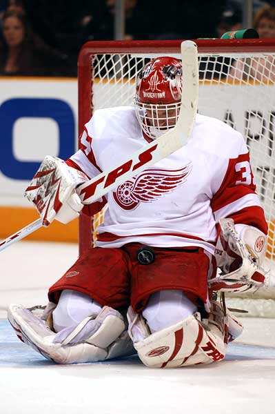 Detroit Red Wings goaltender Dominik Hasek