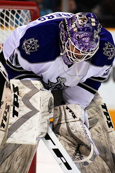 Los Angeles Kings goaltender Erik Ersberg NHL hockey photo