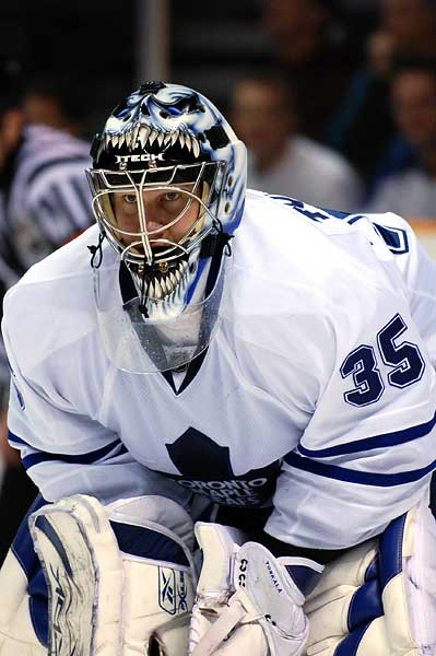 Former Sharks goaltender Vesa Toskala in on shaky ground in Toronto