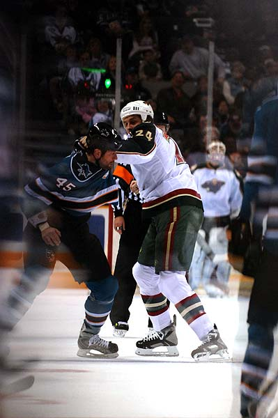 Derek Boogaard vs Jody Shelley hockey fight