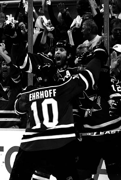 San Jose Sharks Anaheim Ducks Joe Thornton Patrick Marleau celebrate winning goal game 5 2009 Western Conference Quarterfinals
