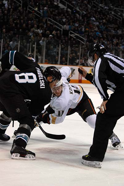 San Jose Sharks Anaheim Ducks NHL Joe Pavelski Saku Koivu faceoff