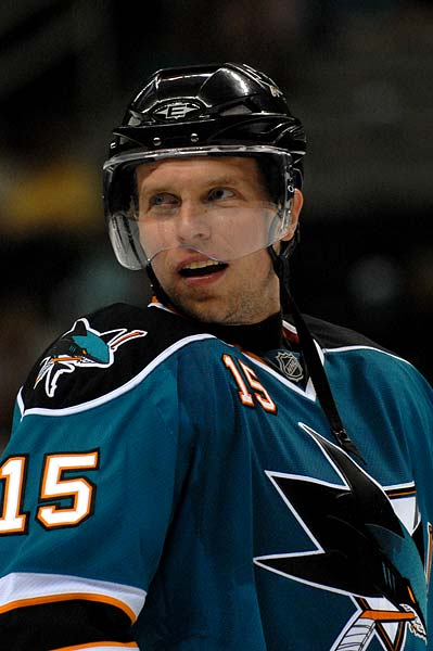 Dany Heatley debuts with the San Jose Sharks at HP Pavilion