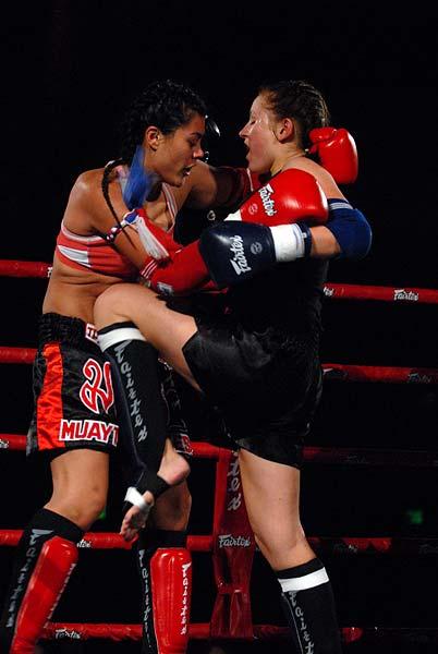 Fairtex Xfight War of the Heroes Muaythai Kickboxing MMA Kristina Alvarez Jade Hayes