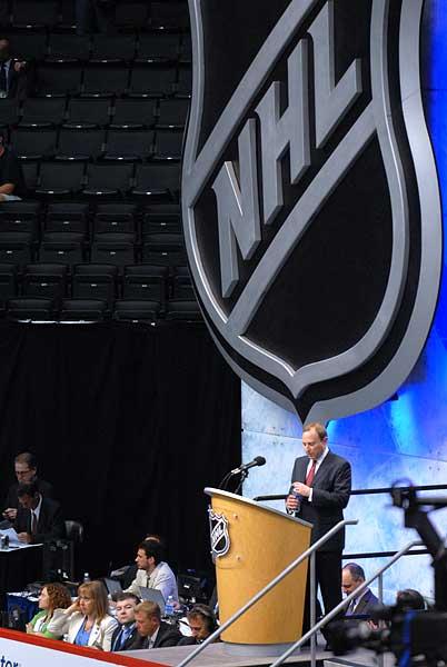 2010 NHL Entry Draft Staples Center Los Angeles Gary Bettman