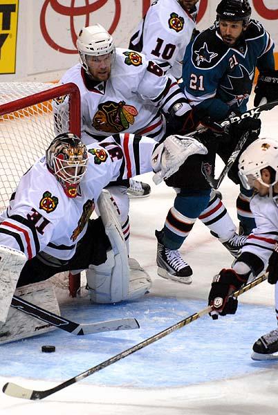 San Jose Sharks confirm signing of Stanley Cup winning goaltender Antti Niemi