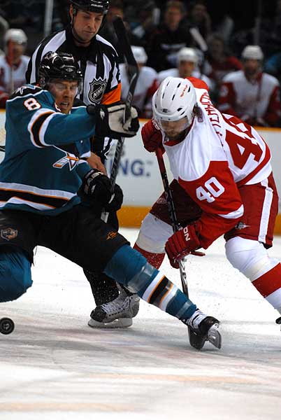San Jose Sharks Western Conference Semifinals Detroit Red Wings Joe Pavelski Henrik Zetterberg