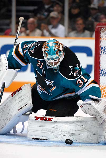 San Jose Sharks NHL regular season start Antti Niemi