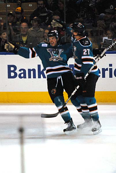 Worcester Sharks AHL Kevin Henderson goal Springfield Falcons