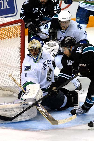 Western Conference Finals Game 3 San Jose Sharks Vancouver Canucks Devin Setoguchi driving Roberto Luongo
