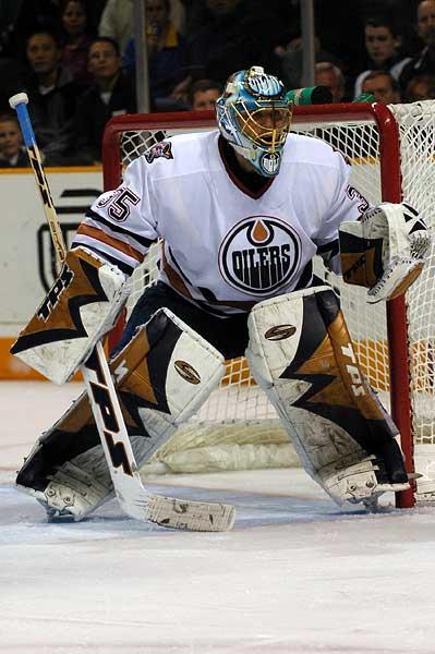 Edmonton Oilers goalie Dwayne Roloson