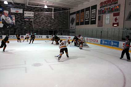 USC Trojans Oregon Ducks hockey