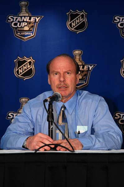 Calgary Flames head coach Mike Keenan