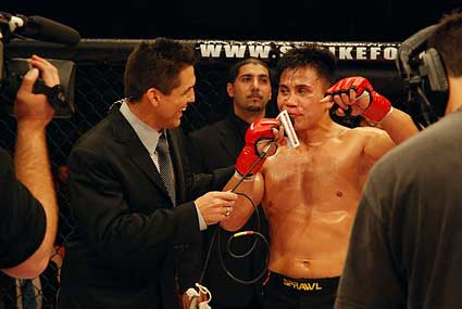 Frank Shamrock vs Cung Le Strikeforce