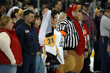 Great American Wedding Rink couples married at ECHL hockey game