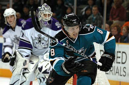 NHL San Jose Sharks center Joe Pavelski picture