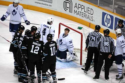 Toronto Maple Leafs goaltender Vesa Toskala