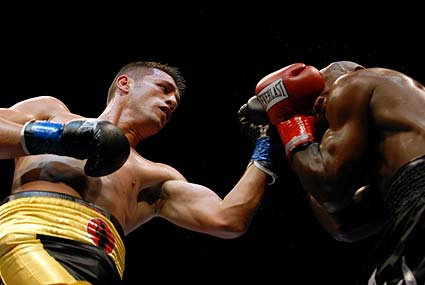 San Jose middleweight Ricardo Cortes earned a third round stoppage at HP Pavilion