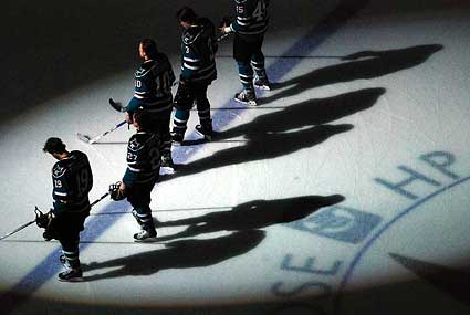 San Jose Sharks center Jeremy Roenick set to announce retirement Thursday in San Jose