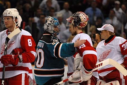 San Jose Sharks Detroit Red Wings Evgeni Nabokov Jimmy Howard handshake line