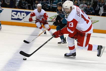 Detroit Red Wings center Pavel Datsyuk hockey photo