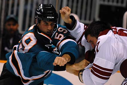 Brad Staubitz Chris Frank San Jose Sharks Phoenix Coyotes NHL hockey fight
