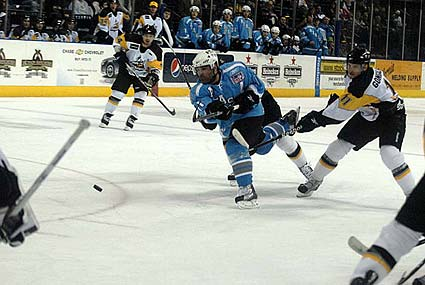 ECHL Kelly Cup Playoffs Stockton Thunder Alaska Aces Eric Boguniecki