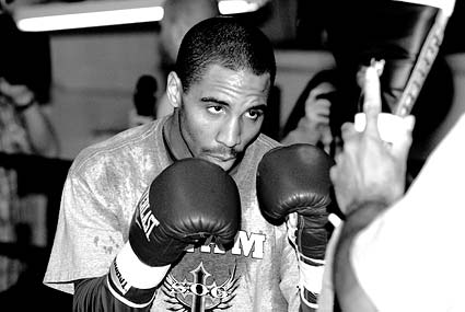 Andre Ward Mikkel Kessler World Boxing Classic open workout at Kings Gym in Oakland