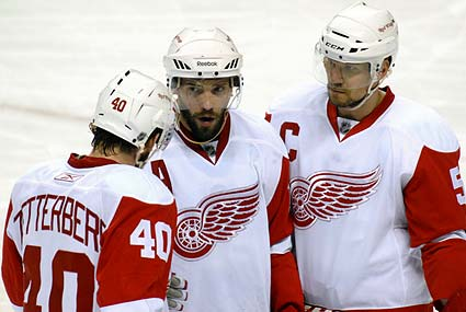 Detroit Red Wings Henrik Zetterberg, Pavel Datsyuk, Nicklas Lidstrom comeback attempt third period