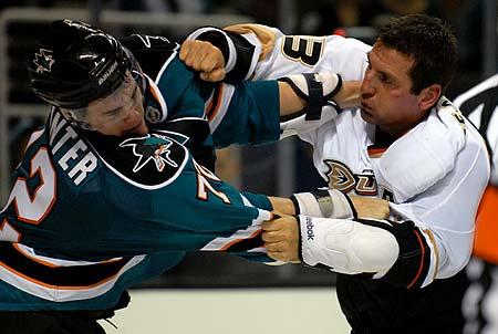 San Jose Sharks Anaheim Ducks preseason hockey fight Brandon Mashinter Francois Beauchemin