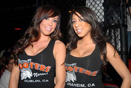 Born to Fight Amateur MMA ring girls from Hooters Anaheim and Dublin