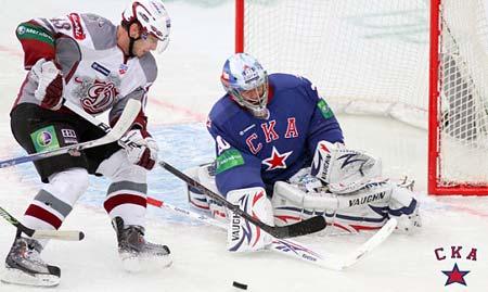 KHL hockey SKA St Petersburg and goaltender Evgeni Nabokov part ways family reasons