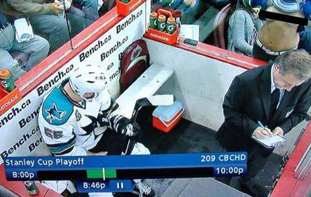 Vancouver Canucks Green Men replacement vs Ben Eager penalty box