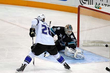 San Jose Sharks goaltender Antti Niemi
