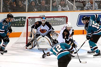 San Jose Sharks Atlanta Thrashers NHL hockey Patrick Marleau Dany Heatley goal
