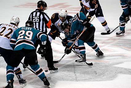 San Jose Sharks Atlanta Thrashers NHL hockey Torrey Mitchell faceoff